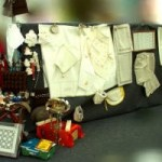 A participação da Cooperativa Belofícos no evento Manifesta-2009 em Peniche, com a exposição de artigos dos muitos que artesanalmente fabrica. Peças de arte em todo o tipo suporte. Bainhas abertas, bordados tradicionais, rechelier, vestuário em linho, entre artigos decorativos